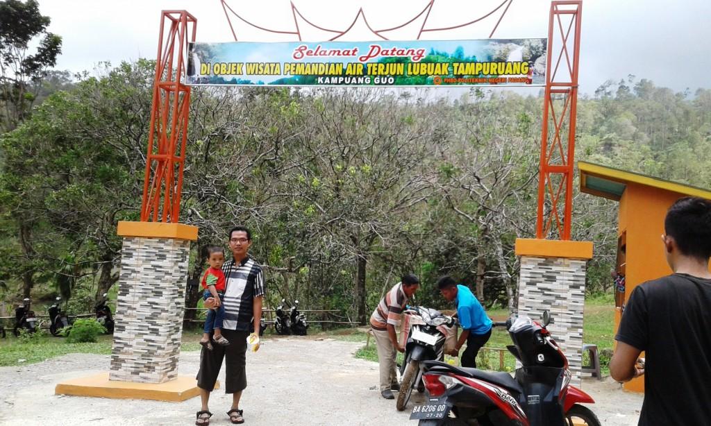 Gerbang Lubuak Tampuruang