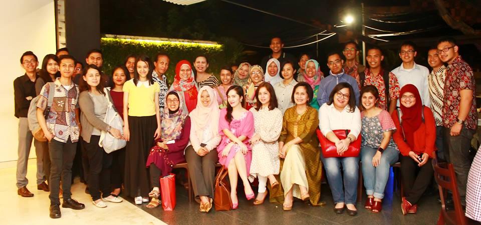 Foto bersama alumni Sampoerna Academy